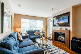 """Photo 21: 210 2940 KING GEORGE Boulevard in Surrey: King George Corridor Condo for sale in """"HIGH STREET"""" (South Surrey White Rock)  : MLS®# R2496807"""