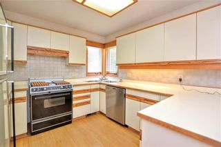 Photo 11: 660 Charleswood Road in Winnipeg: Charleswood Residential for sale (1G)  : MLS®# 202120885