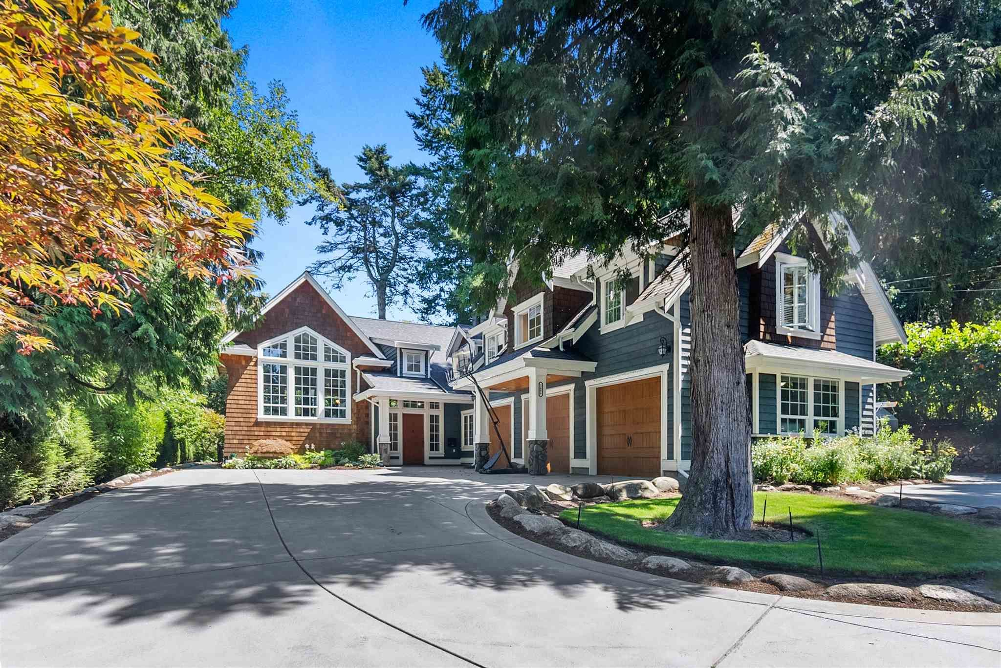 """Main Photo: 2608 CEDAR Drive in Surrey: Crescent Bch Ocean Pk. House for sale in """"Crescent Heights"""" (South Surrey White Rock)  : MLS®# R2607451"""