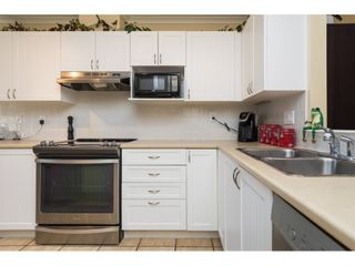 """Photo 6: 26 17516 4TH Avenue in Surrey: Pacific Douglas Townhouse for sale in """"Douglas Point"""" (South Surrey White Rock)  : MLS®# R2129004"""