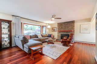 Photo 4: 14 SYMMES Bay in Port Moody: Barber Street House for sale : MLS®# R2583038