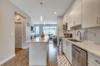 """Photo 3: 27 7169 208A Street in Langley: Willoughby Heights Townhouse for sale in """"Lattice"""" : MLS®# R2540801"""