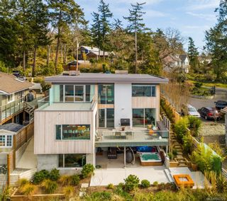 Photo 2: 2713 Sea View Rd in Saanich: SE Ten Mile Point House for sale (Saanich East)  : MLS®# 842729