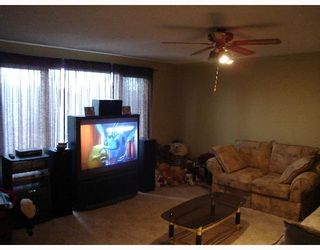 Photo 2:  in CALGARY: Whitehorn Residential Detached Single Family for sale (Calgary)  : MLS®# C3258373