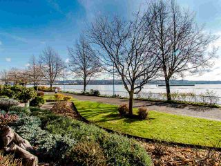 Photo 18: 103 12 K DE K Court in New Westminster: Quay Condo for sale : MLS®# R2419227