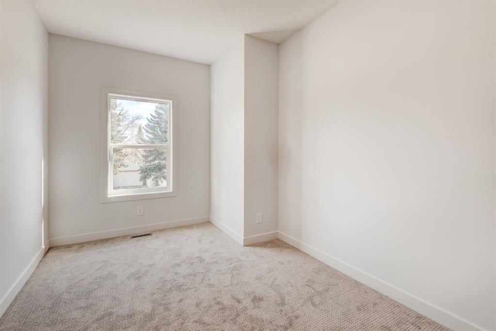 Photo 29: Photos: #1 4207 2 Street NW in Calgary: Highland Park Semi Detached for sale : MLS®# A1111957