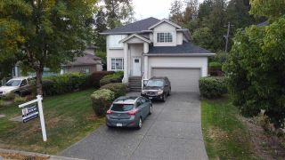 """Photo 1: 10903 154A Street in Surrey: Fraser Heights House for sale in """"FRASER HEIGHTS"""" (North Surrey)  : MLS®# R2498210"""