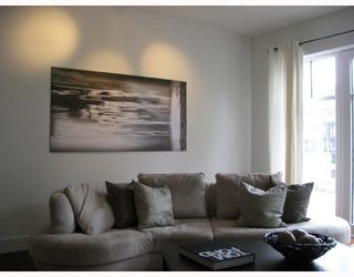 """Photo 3: 410 1275 HAMILTON Street in Vancouver: Downtown VW Condo for sale in """"ALDA"""" (Vancouver West)  : MLS®# V694571"""