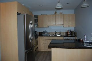 Photo 4: 302 19774 56 AVENUE in Langley: Langley City Condo for sale : MLS®# R2231875