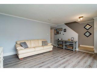 Photo 4: 32401 GREBE Crescent in Mission: Mission BC 1/2 Duplex for sale : MLS®# R2335806