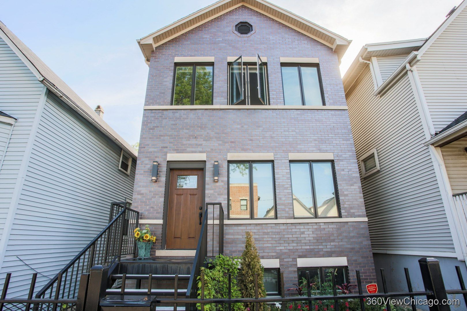 Photo 2: Photos: 1733 Troy Street in Chicago: CHI - Humboldt Park Residential for sale ()  : MLS®# 10911567