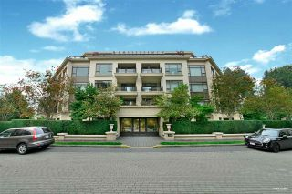 "Main Photo: 304 533 WATERS EDGE Crescent in West Vancouver: Park Royal Condo for sale in ""WATERS EDGE"" : MLS®# R2500610"