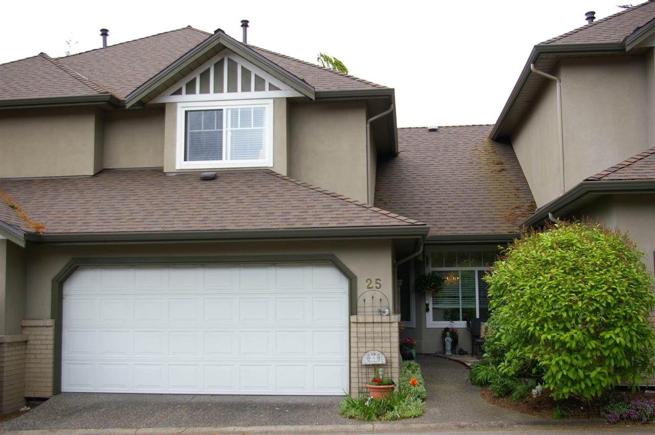 Main Photo: 25 15151 26 AVENUE in : Sunnyside Park Surrey Townhouse for sale : MLS®# R2057964