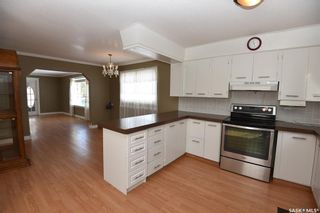 Photo 3: 809 7th Street North in Nipawin: Residential for sale : MLS®# SK848879