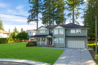 Photo 2: 811 KELVIN Street in Coquitlam: Harbour Chines House for sale : MLS®# R2622197