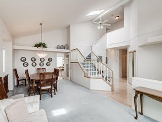 Photo 10: 54 Signature Close SW in Calgary: Signal Hill Detached for sale : MLS®# A1138139