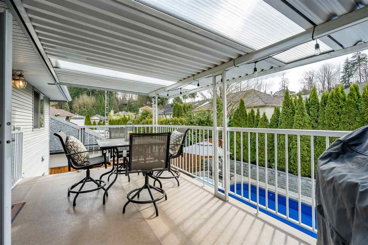 Photo 18: Photos: 23675 108 Loop in Maple Ridge: Albion House for sale : MLS®# R2447949