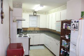 """Photo 3: 14228 103A Street in Surrey: Whalley House for sale in """"Whalley"""" (North Surrey)  : MLS®# R2060456"""