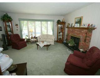 Photo 2:  in CALGARY: Highwood Residential Detached Single Family for sale (Calgary)  : MLS®# C3225712