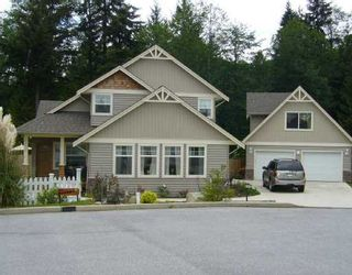 """Photo 1: 1474 SUNSET Place in Gibsons: Gibsons & Area House for sale in """"Georgia Crest"""" (Sunshine Coast)  : MLS®# V812460"""