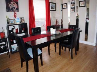 Photo 9: 218 HOMESTEAD Crescent in Edmonton: Zone 35 House for sale : MLS®# E4242279