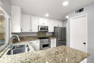 Photo 5: CARMEL VALLEY House for sale : 4 bedrooms : 4626 Exbury Ct in San Diego