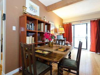"""Photo 7: 408 1655 NELSON Street in Vancouver: West End VW Condo for sale in """"HEMPSTEAD MANOR"""" (Vancouver West)  : MLS®# V944845"""