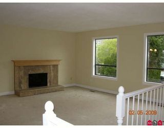 """Photo 5: 2836 WOODLAND Court in Langley: Willoughby Heights House for sale in """"WILLOUGBY HEIGHTS"""" : MLS®# F2909275"""