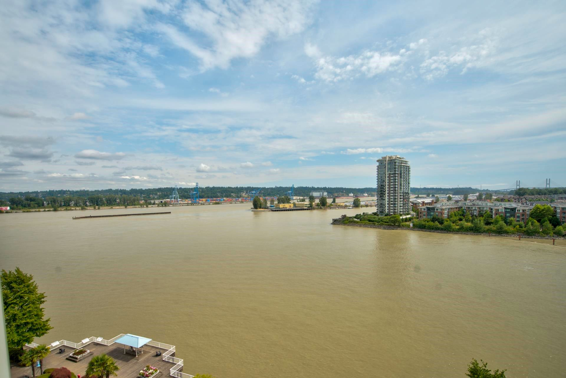 """Main Photo: 1104 1250 QUAYSIDE Drive in New Westminster: Quay Condo for sale in """"The Promonade"""" : MLS®# R2599966"""
