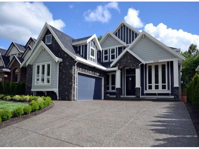 Main Photo: 15562 76A Avenue in Surrey: Fleetwood Tynehead House for sale : MLS®# F1412221