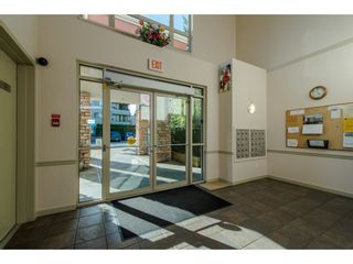 """Photo 2: 202 33485 SOUTH FRASER Way in Abbotsford: Central Abbotsford Condo for sale in """"Citadel"""" : MLS®# R2474931"""