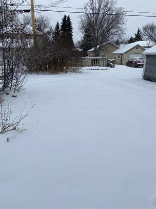 Photo 4: 7932 82 Avenue in Edmonton: Zone 18 House for sale : MLS®# E4227904
