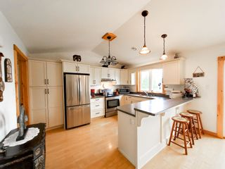 Photo 11: 329 Augsburger Street in Victoria Harbour: 404-Kings County Residential for sale (Annapolis Valley)  : MLS®# 202118820