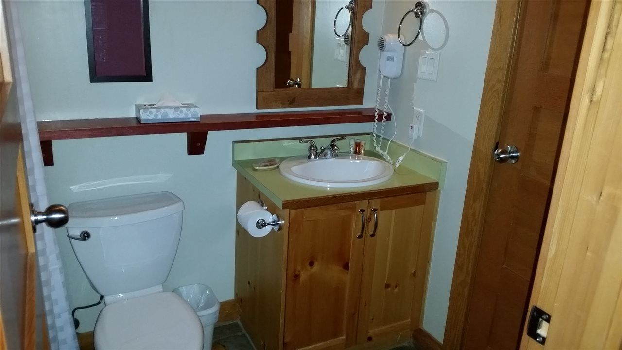 Photo 11: Photos: 307C 2036 LONDON LANE in Whistler: Whistler Creek Condo for sale : MLS®# R2018074