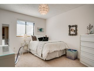"""Photo 13: 6136 129A Street in Surrey: Panorama Ridge House for sale in """"Panorama Park"""" : MLS®# R2351139"""