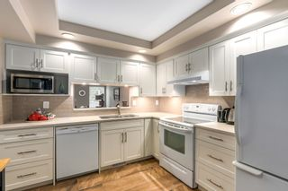 """Photo 1: 30 5111 MAPLE Road in Richmond: Lackner Townhouse for sale in """"MONTEGO WEST"""" : MLS®# R2221338"""