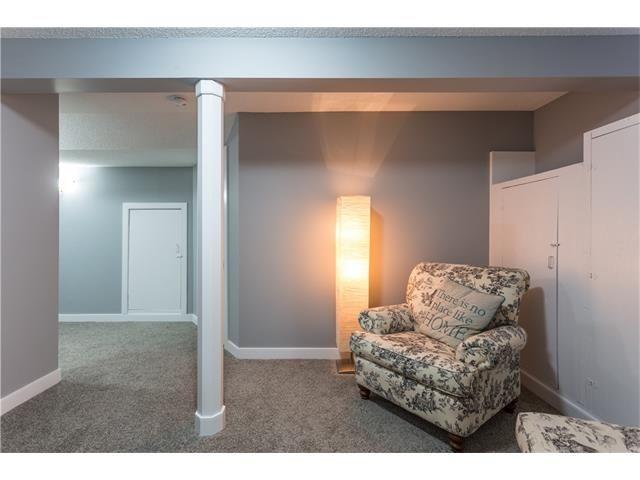 Photo 38: Photos: 36 OAKBURY Place SW in Calgary: Oakridge House for sale : MLS®# C4101941