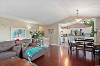 Photo 6: 2557 Jeanine Dr in : La Mill Hill House for sale (Langford)  : MLS®# 865454