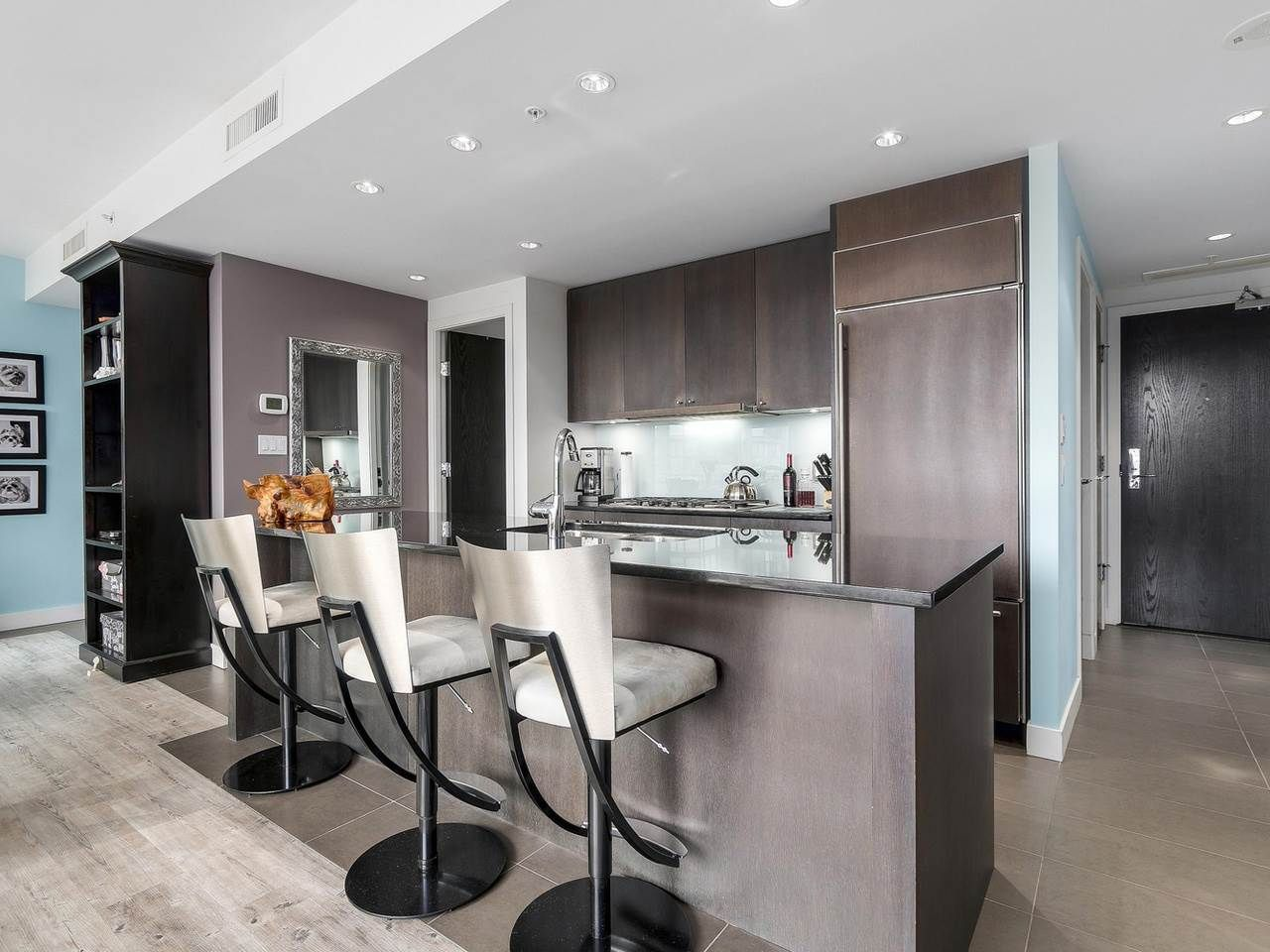 Photo 6: Photos: 401 1455 HOWE STREET in Vancouver: Yaletown Condo for sale (Vancouver West)  : MLS®# R2145939