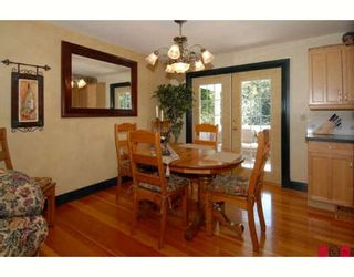 Photo 3: 14116 59A AV in Surrey: House for sale : MLS®# F2827321