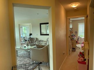 Photo 9: 306 3082 DAYANEE SPRINGS Boulevard in Coquitlam: Westwood Plateau Condo for sale : MLS®# R2601526