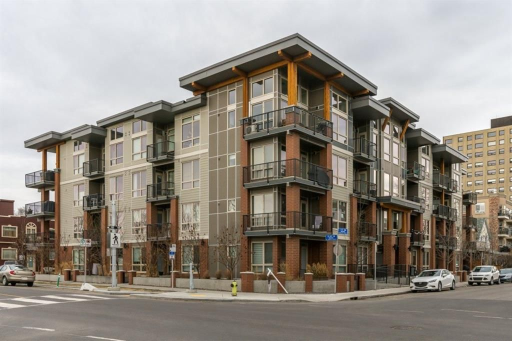 Main Photo: 218 305 18 Avenue SW in Calgary: Mission Apartment for sale : MLS®# A1095821