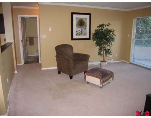"""Main Photo: 120 33175 OLD YALE Road in Abbotsford: Central Abbotsford Condo for sale in """"SOMMERSET RIDGE"""" : MLS®# F2830658"""