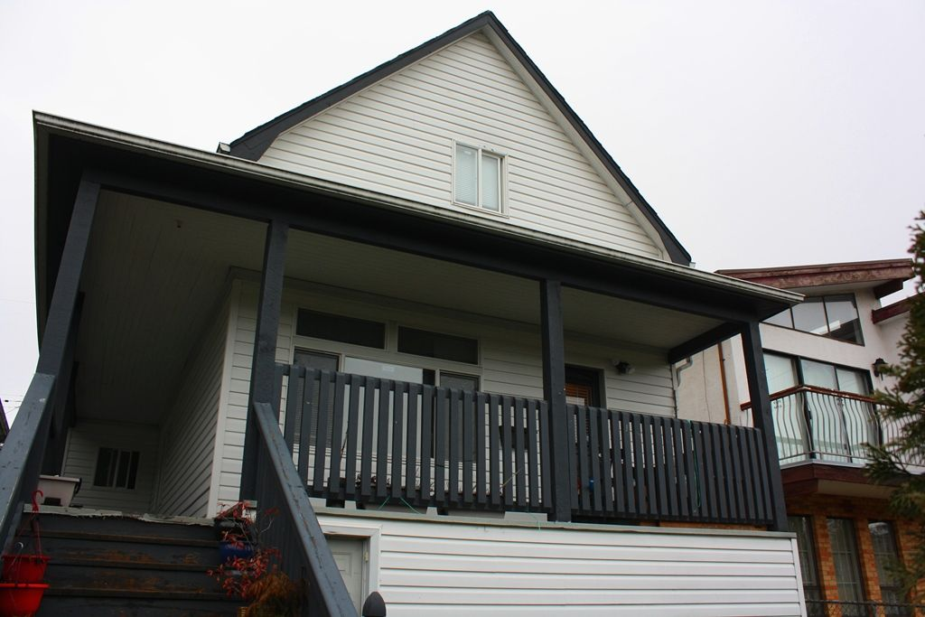 Photo 15: Photos: 3641 ADANAC Street in Vancouver: Renfrew VE House for sale (Vancouver East)  : MLS®# R2441963