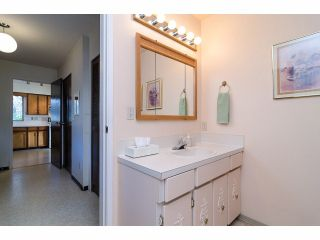 Photo 12: 1495 MAPLE ST: White Rock House for sale (South Surrey White Rock)  : MLS®# F1404421