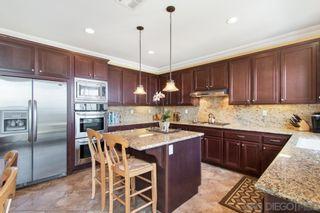 Photo 16: LA MESA House for sale : 4 bedrooms : 7575 Chicago Dr