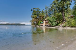 Photo 8: 10232 Summerset Pl in : Si Sidney North-East House for sale (Sidney)  : MLS®# 878464