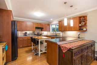 Photo 7: 6571 YEATS Crescent in Richmond: Woodwards House for sale : MLS®# R2324655