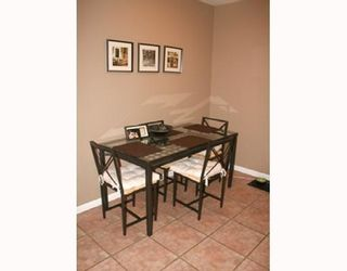 Photo 5: # 206 509 CARNARVON ST in New Westminster: Condo for sale : MLS®# V773518
