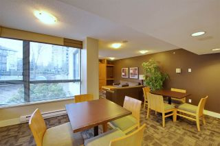 Photo 15: 202 3588 CROWLEY DRIVE in Vancouver: Collingwood VE Condo for sale (Vancouver East)  : MLS®# R2245192
